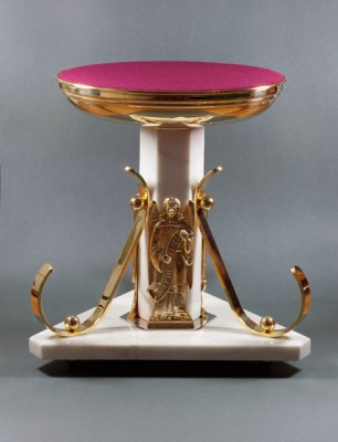 Monstrance throne